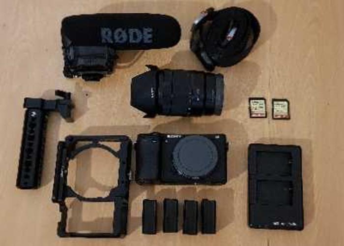 (Kit 1) Sonya6300 (SmallRig)+ 16-70mm F4 + RØDE VideoMic Pro - 1