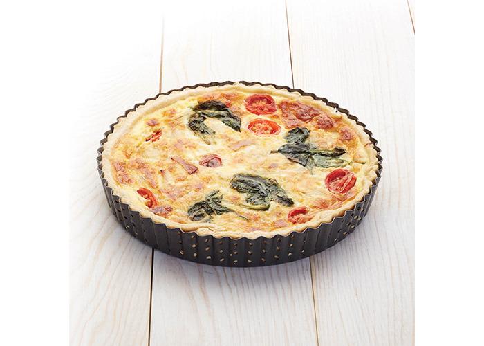KitchenCraft Master Class Crusty Bake Fluted Round 25cm Quiche Tin - 2
