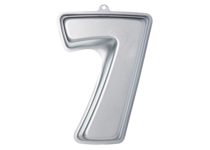 KitchenCraft Sweetly Does It Novelty Number '7' Cake Tin (Seven), 30 x 22 x 5 cm - 1