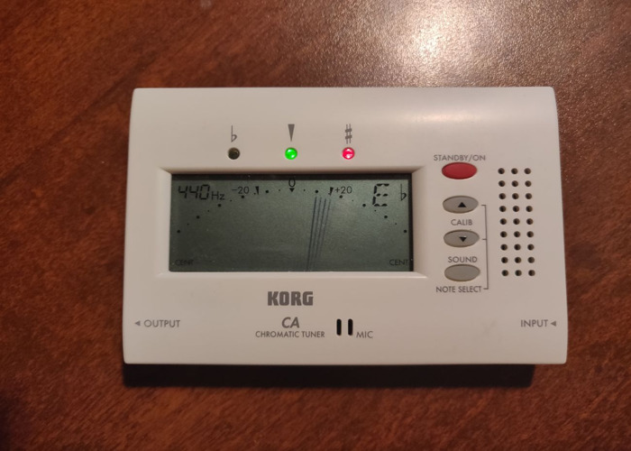 Korg  Chromatic Tuner CA-40 - 1