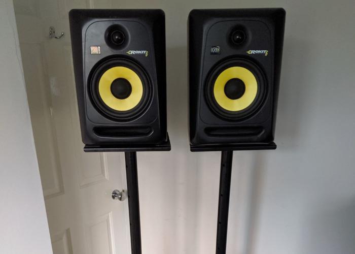 KRK Rokit 6 Active Studio Monitor Speakers With Stands - 1