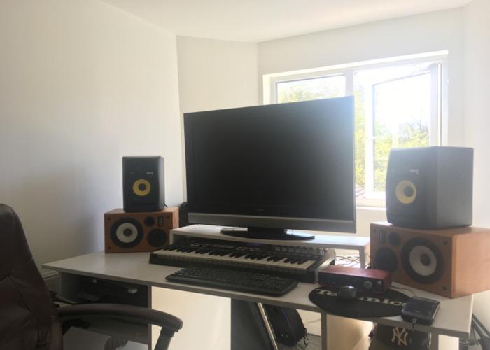KRK Rokkit 5 Speakers(pair) - 2