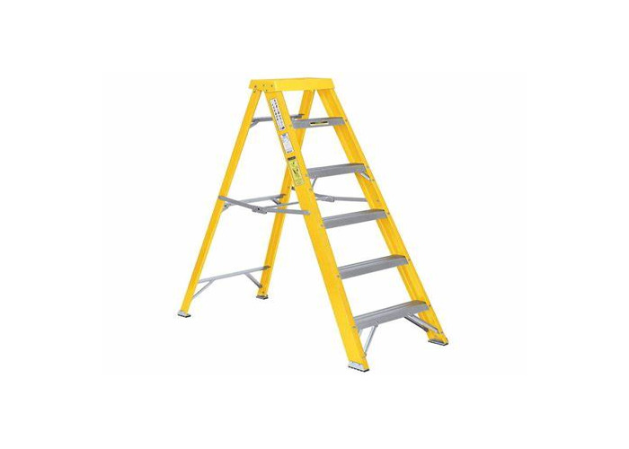 Ladders of various sizes - 1