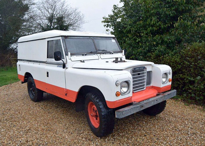 Land Rover Series 3 109 Inch (1982) - 1