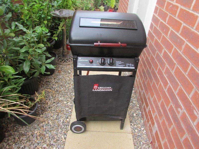 Landmann 12375 Gas Barbecue, 2 Burner - 1