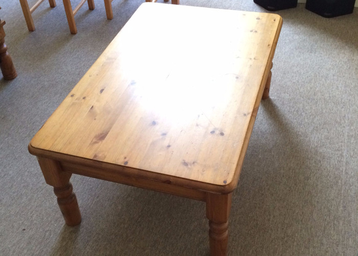 Large Pine Coffee Table - 1
