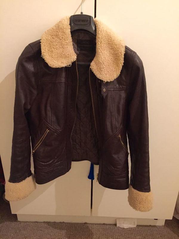 leather jacket-vintage-pilot-style-01697817.jpg