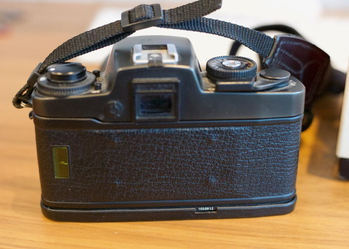 Leica R4 Camera with Summicron R 1:2/90 Lens - 2