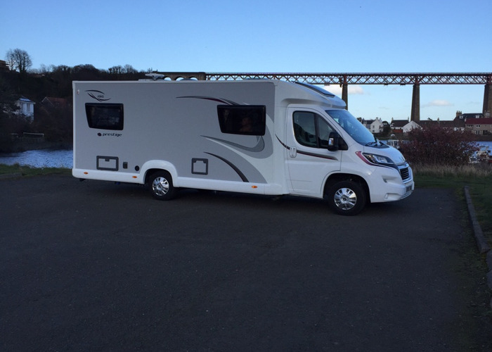 Leisure on the road Motorhome hire - 2