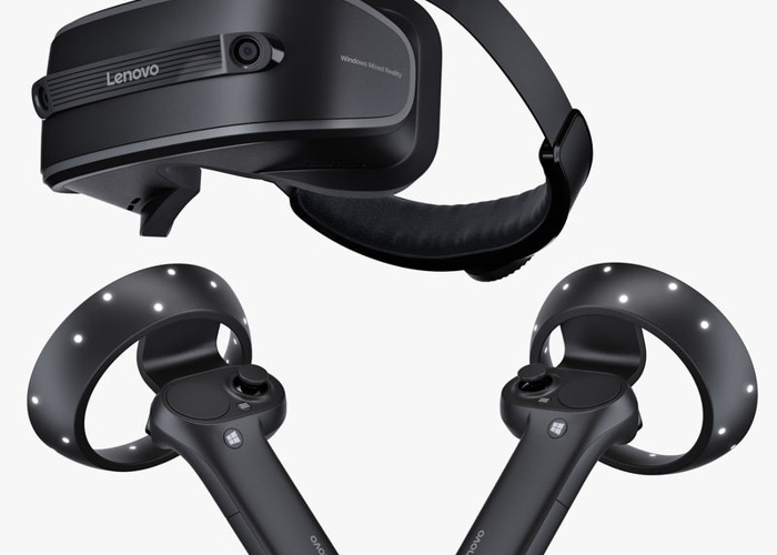 Lenovo VR headset and controllers - 1