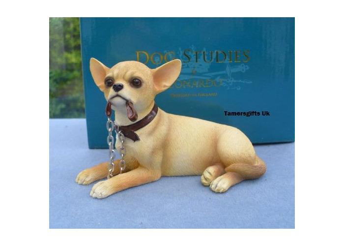 Leonardo Chihuahua Dog Lying With Lead Bnib - 1