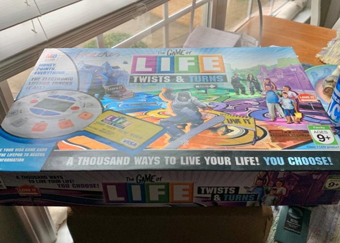 LIFE Twists & Turns Board Game  - 1