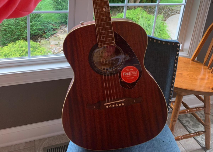Like new Fender Tim Armstrong - 1
