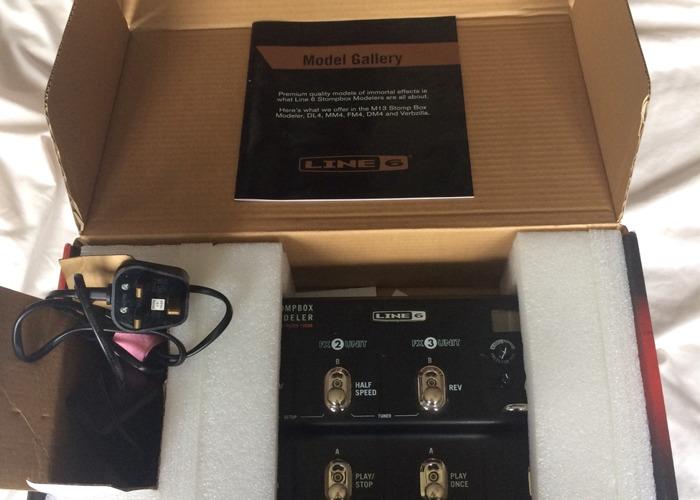 Line 6 M9 Stompbox Modeler Pedal - 2