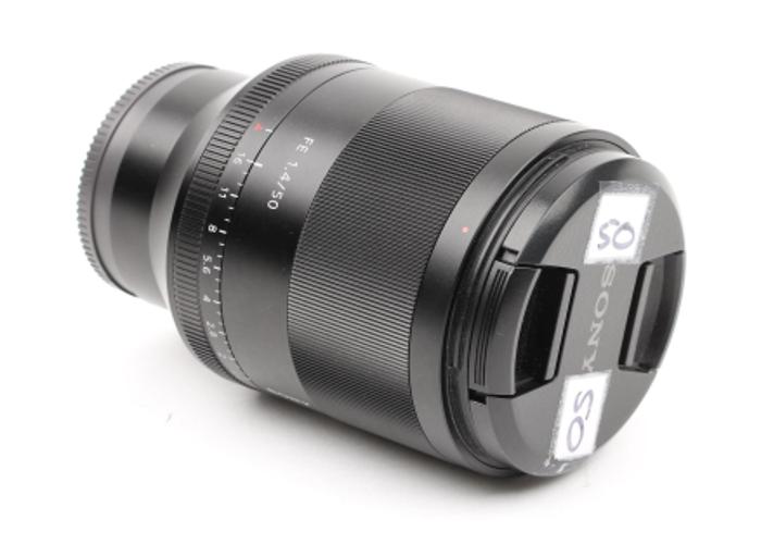 Sony Zeiss 50mm F1.4 Full Frame E mount Lens - 1