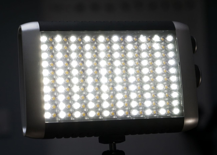 Litepanels Croma Bi-colour dimmable on-camera LED light - 1