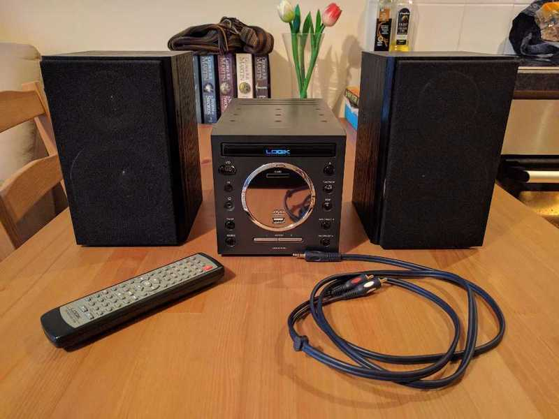 Logik Cd player/Sound system (with remote and audio-in lead) - 1