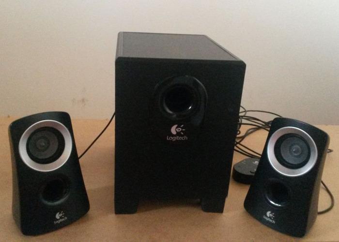 Logitech Z313 Speakers - 1