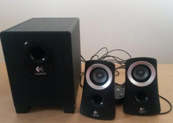 Logitech Z313 Speakers - 2