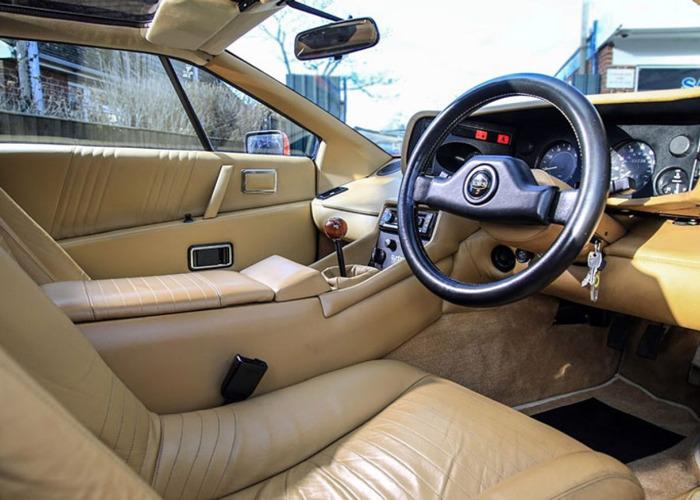 Lotus Esprit Turbo HC (1989) - 2