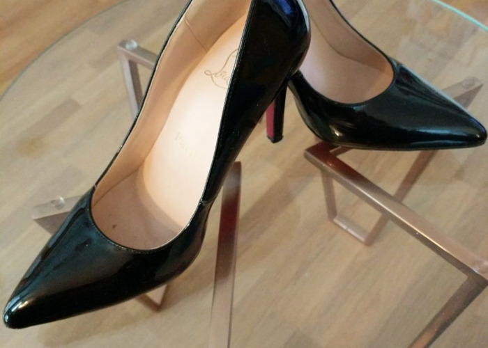 """Louboutin Pigalle 9"""" size 39/6  - 1"""
