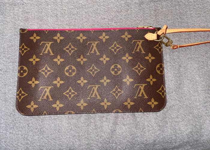 Louis Vuitton Pouch - 1