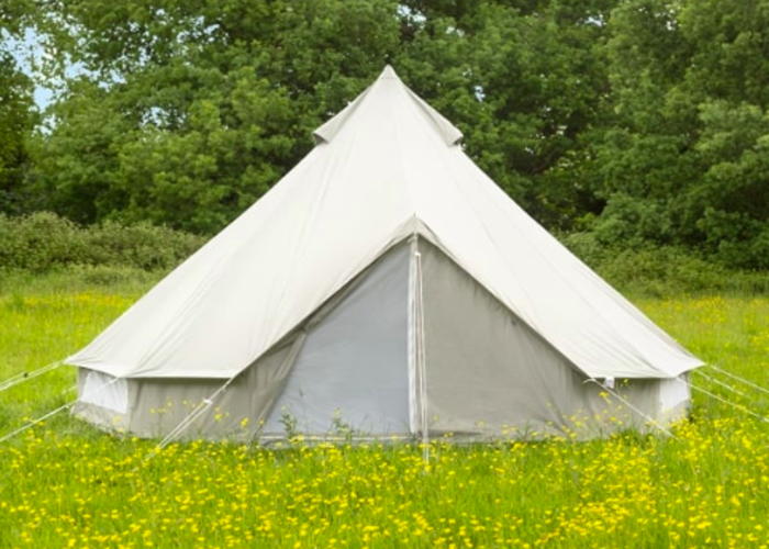 Rent Luxury Bell Tent for hire, Cornwall in Goonbell (rent