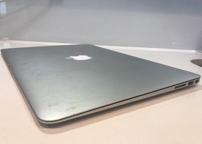 MacBook Air - 2