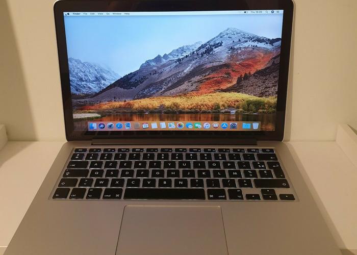 Macbook Pro 2015 13 Inch  - 1