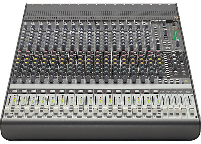 Mackie 1640 16 Channel Mixing Desk - 1