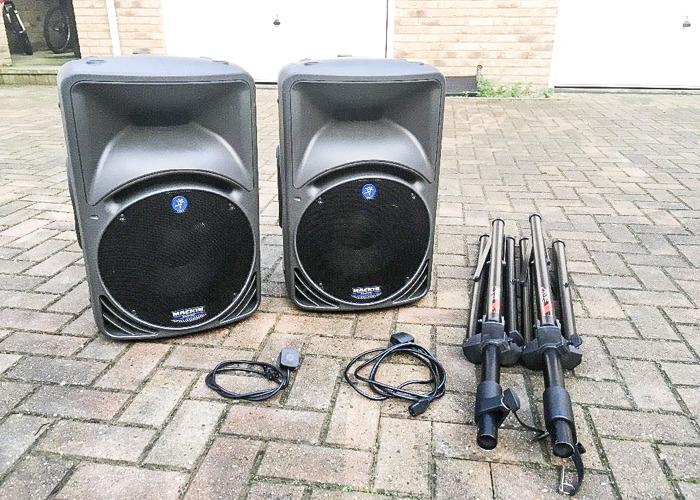 PA Speakers Mackie Active Powered Speaker srm 450 2000W Two speakers - 1