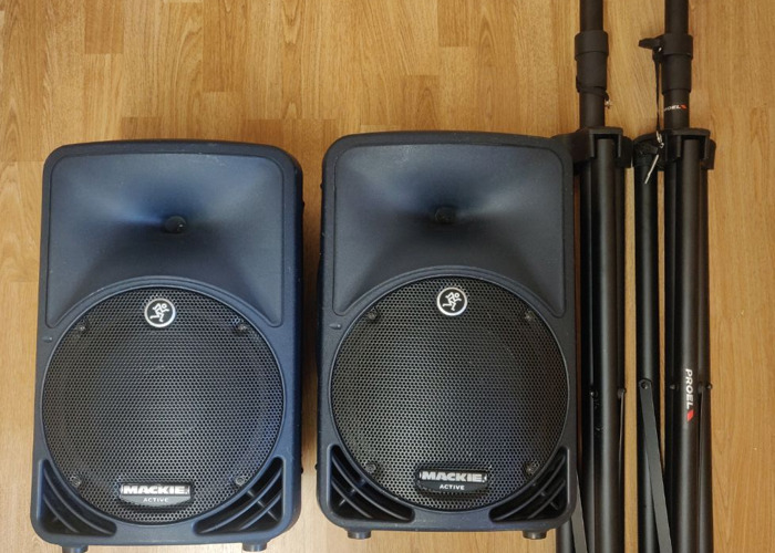 Mackie SRM 350 Active PA Speakers x2 with cases  - 2