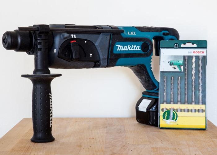 Makita Hammer Drill SDS + Drill bits - 1