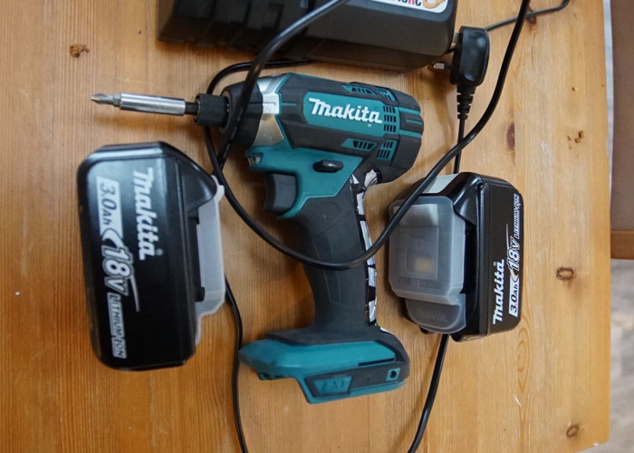 Makita Impact Driver with 2 Batteries and Charger - 1