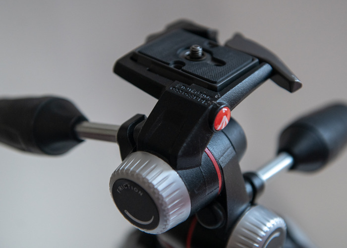 Manfrotto 055 TRIPOD with 90 degree function - 2