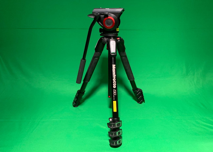 Manfrotto 190 tripod + MVH500AH Pro Fluid Video head + bag (4 section) - 1