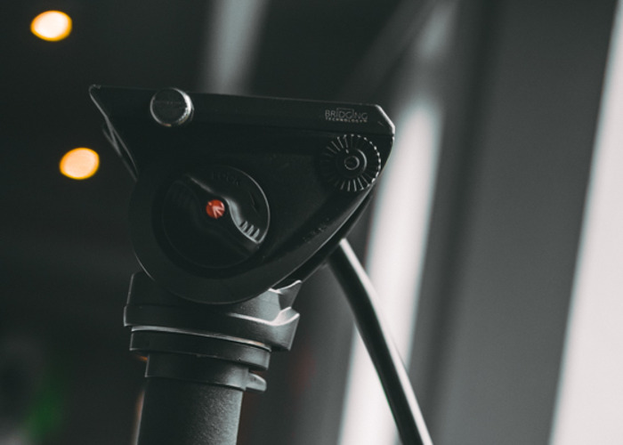 Manfrotto M500A Fluid Head Monopod for Video  - 1