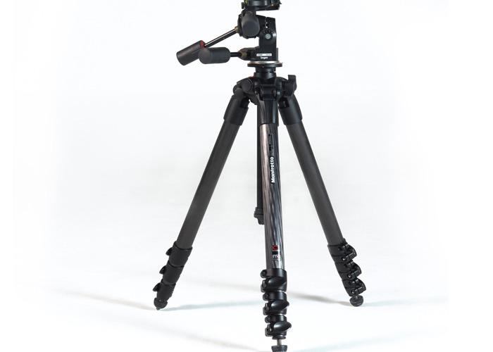 Manfrotto MT057C4 tripod with Manfrotto 3039 Super Pro Head - 1