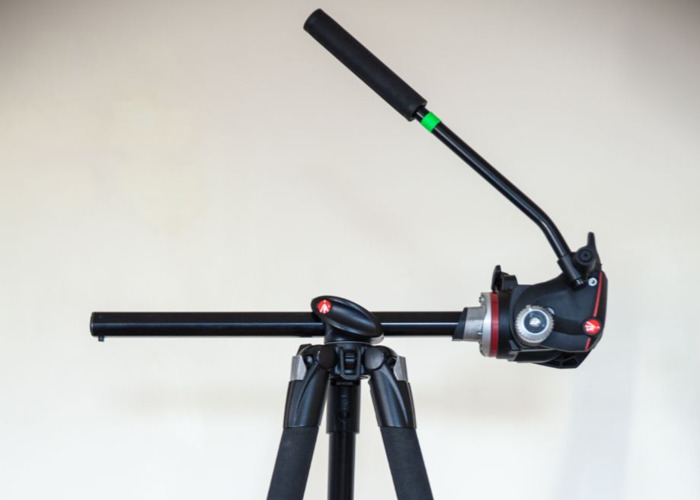 Manfrotto Tripod, 4 Axis with fluid head - 2