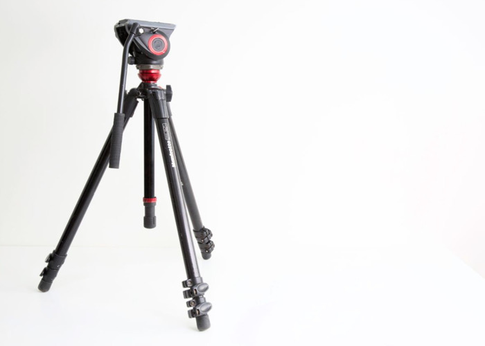 Manfrotto Tripod with Fluid Head and bag - 1
