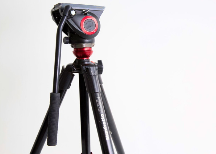 Manfrotto Tripod with Fluid Head and bag - 2