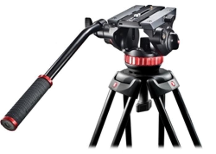 Manfrotto Video Tripod MVT502AM with Fluid Head MVH502AH - 2