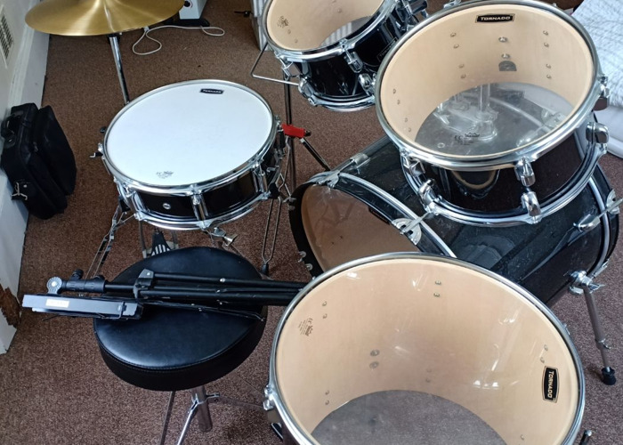 Mapex Tornado Drum Kit, Stool with Music Stand - 2