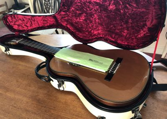 Martinez classical concert guitar  - 1