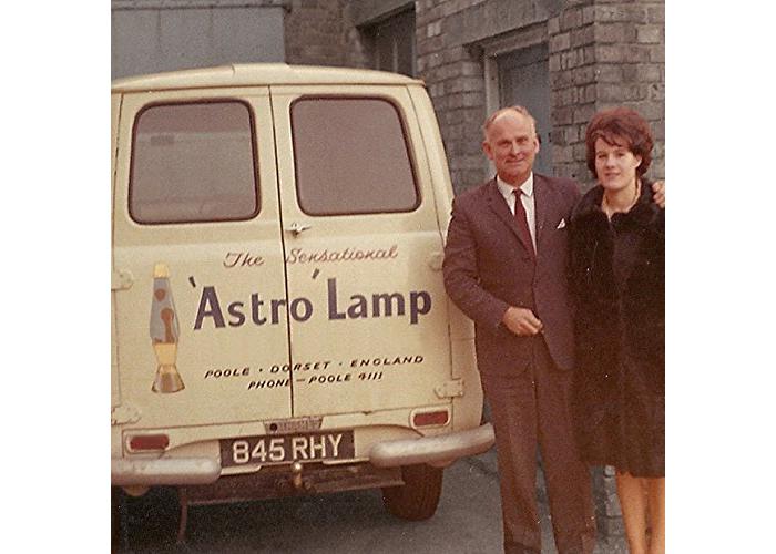 Mathmos Astro Lava Lamp The Original - Violet/Red - 1