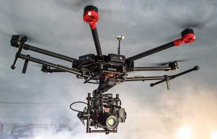 matrice 600-with-alexa-mini--operator-07707298.jpg