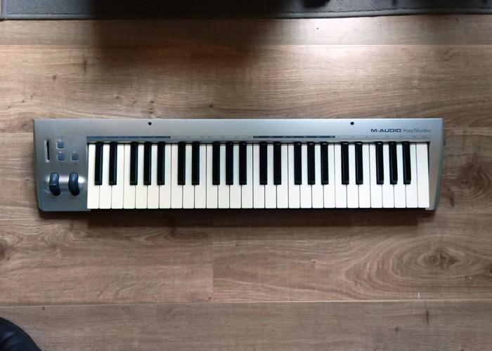 M-Audio KeyStudio 49 MIDI Keyboard - 1