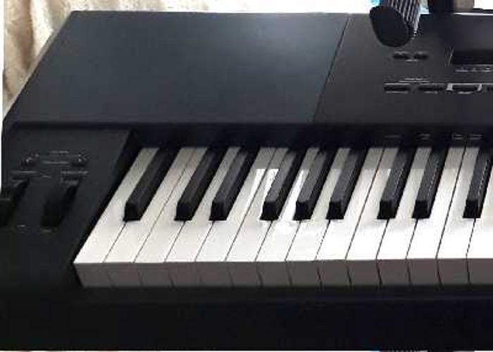 M-Audio Oxgen 88 note Hammer Action USB Controller Keyboard - 1