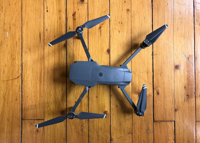 mavic pro-with-combo-kit-61130974.jpg