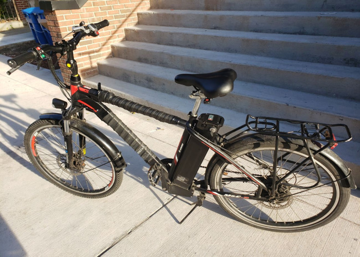 M&C 10 Electric Bike with 2 48v batteries. - 1